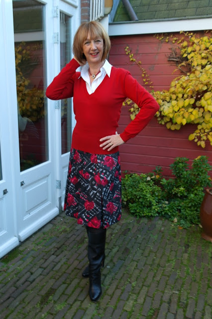 Red flower skirt Max Mara