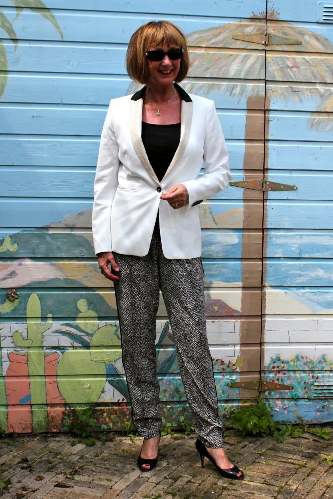 Smoking suit 1