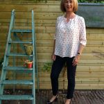 Anchor blouse with blue 7/8 trousers