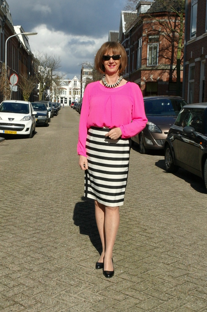 B&W striped pencil skirt and neon top 2