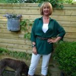 White capris, green blouse, leopard sandals and a man you have to love