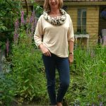 Jeans, corn coloured T-shirt and a scarf