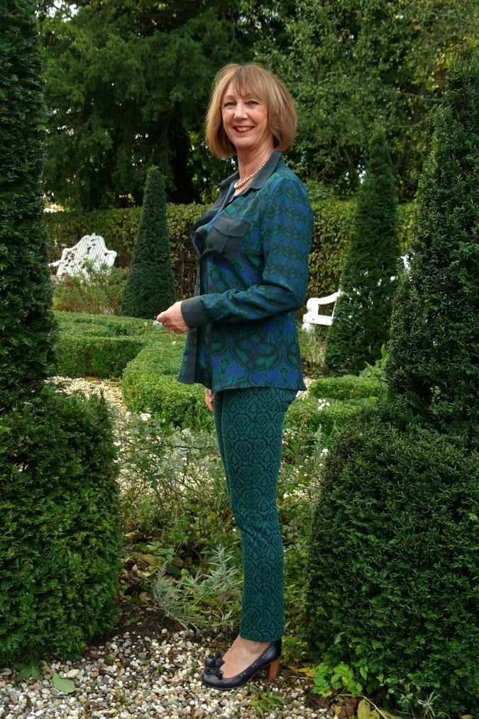 Max Mara coat and green outfit 4
