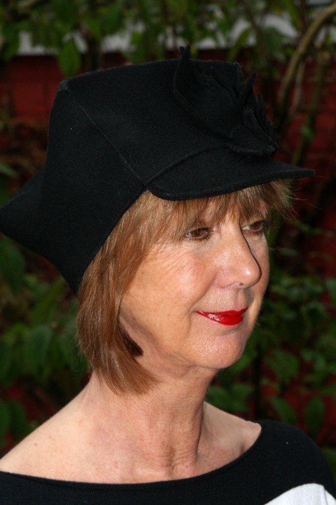 Black hat 018