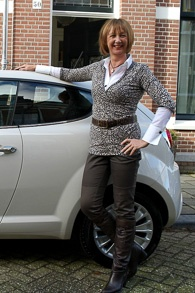 New car en leopard in outfit 9_LR
