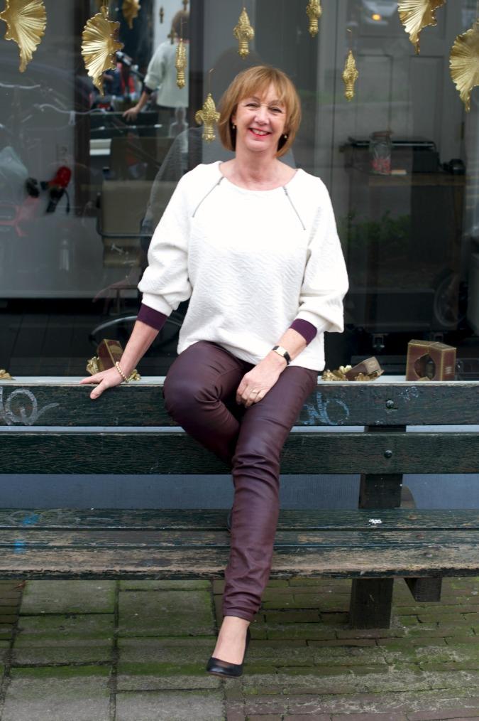 Burgundy skinnies cream sweater 1
