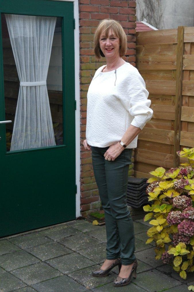 Green skinnies cream sweater 8