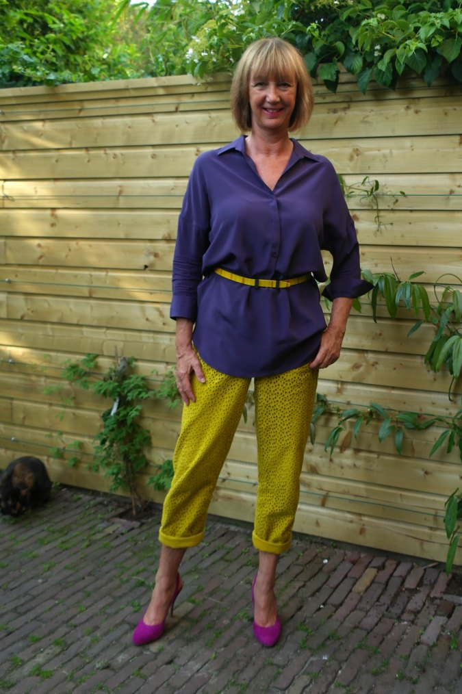 Yellow ochre trousers with purple top 1
