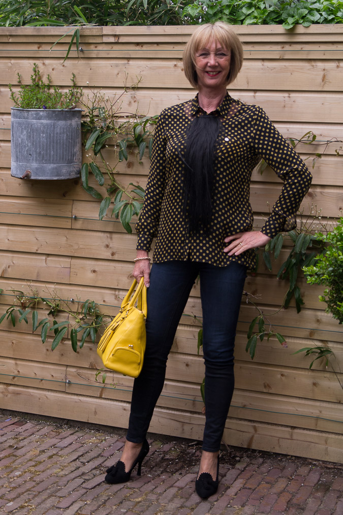 Yellow polka dot blouse (4)
