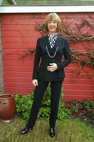 Black Pauw trouser suit, red & white stripe 8_LR