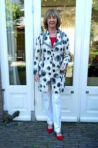 Black & White Emmelotte jacket 5a_LR
