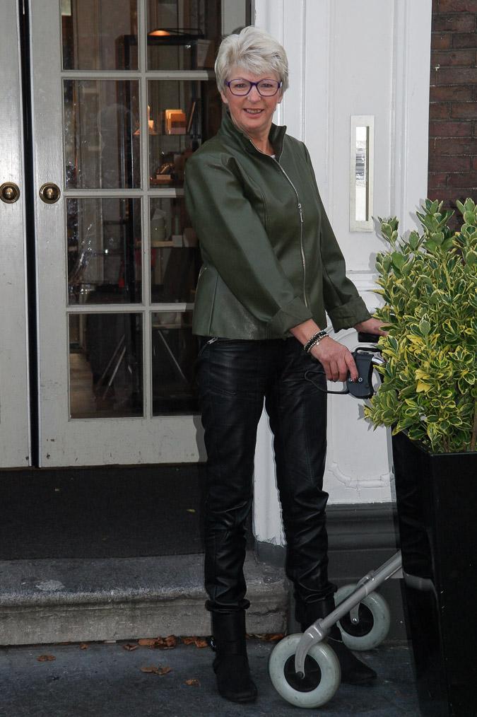 lady green jacket (1 van 1)