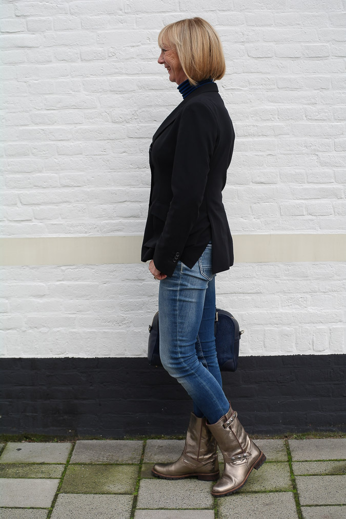 Golden boots, black Pauw jacket and skinny jeans (1 van 7)