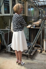 Cream skirt Marella with black and white top