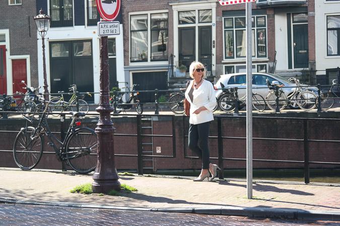 Irie Wash jacket, Marlene Birger trousers, Panara shoes (5 van 11)