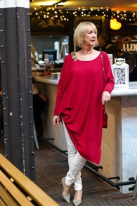 Red long tunic sweater (11)_LR