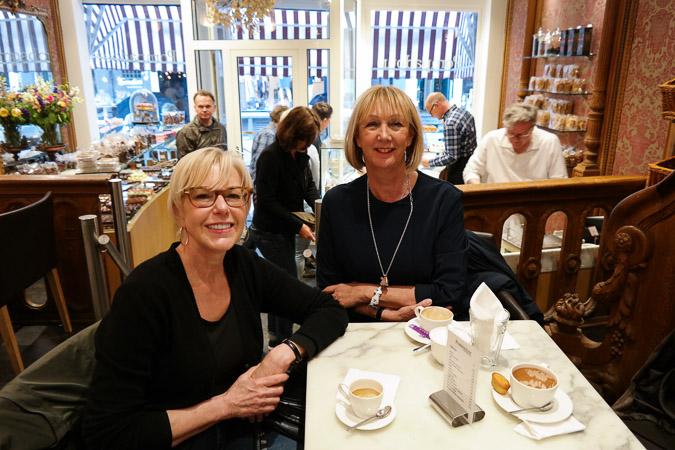 Amsterdam May 31 2015 Susan Greetje coffee (1)