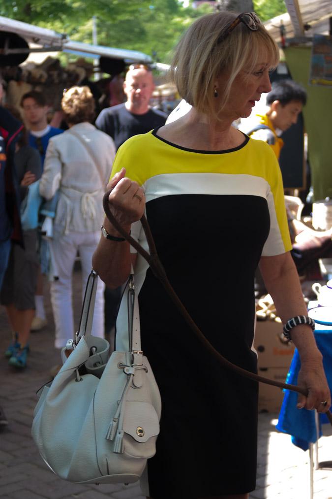 Yellow, black and white dress (17 van 22)