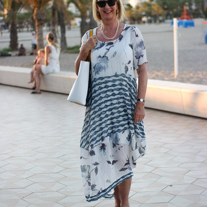 A post about a maxi summer dress and two of our rooms