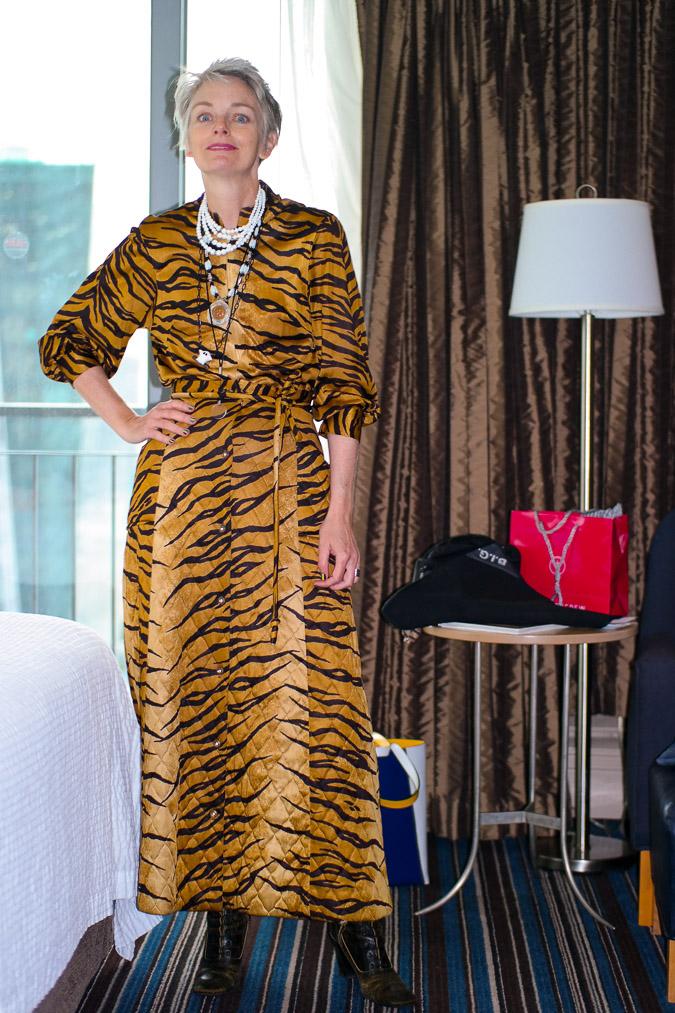 Melanie in tiger outfit (1 van 1)