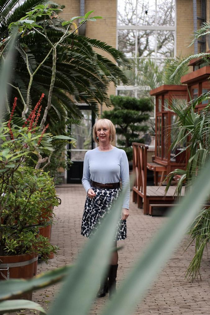 Flower skirt MM with blooper sweater (1 van 1)