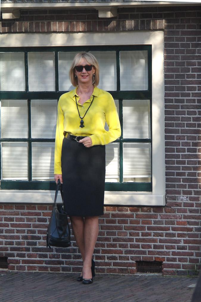 Black pencil skirt, lime shirt Max Mara