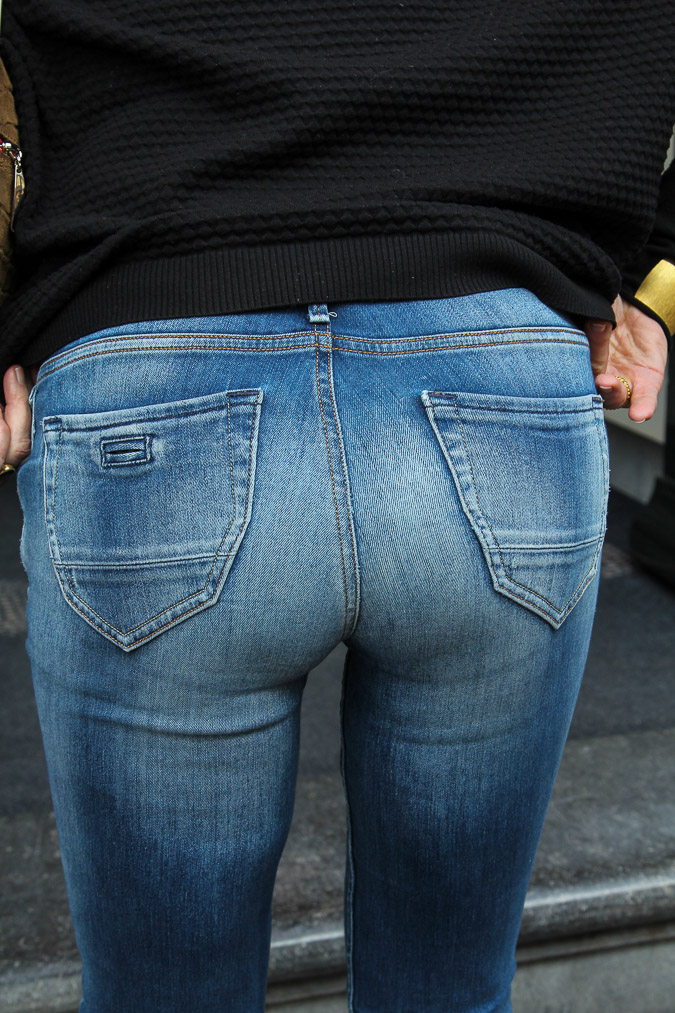 tooshie in jeans