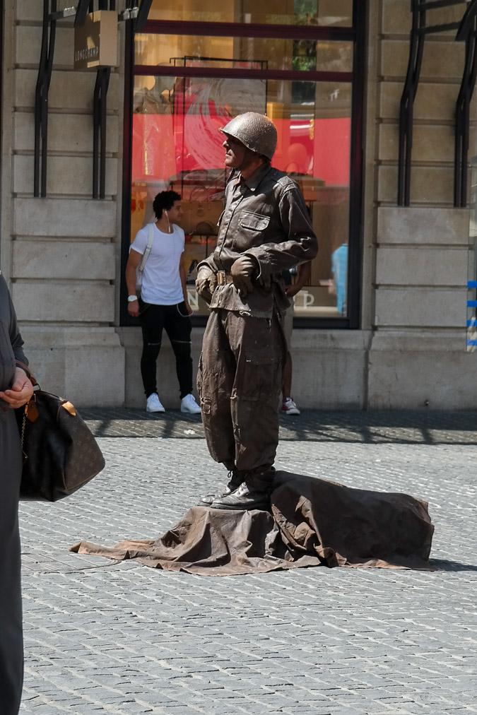 human statue in Geneva