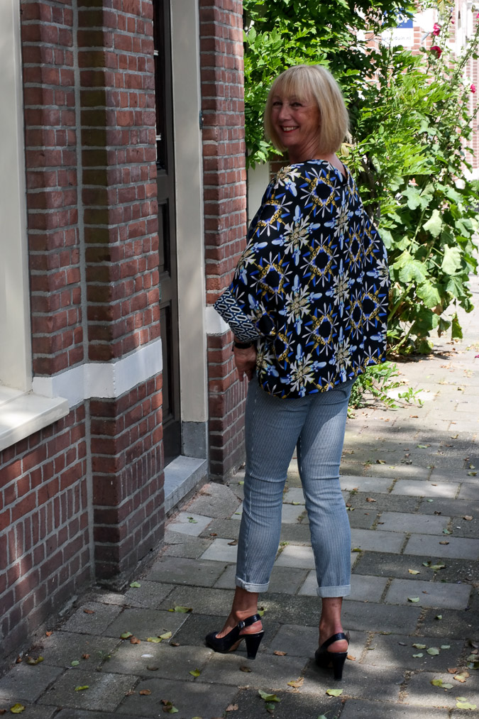 Blue kimono top