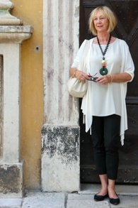 Cream cardigan Max Mara, cream tunic: Eileen Fisher, cream bag: Furla, necklace Angela Caputi