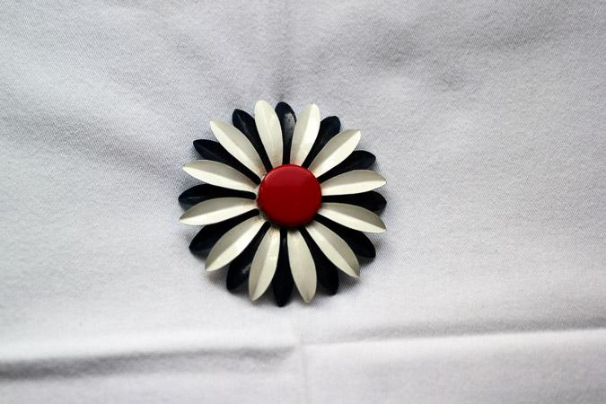 Vintage brooch by the Citizen Rosebud
