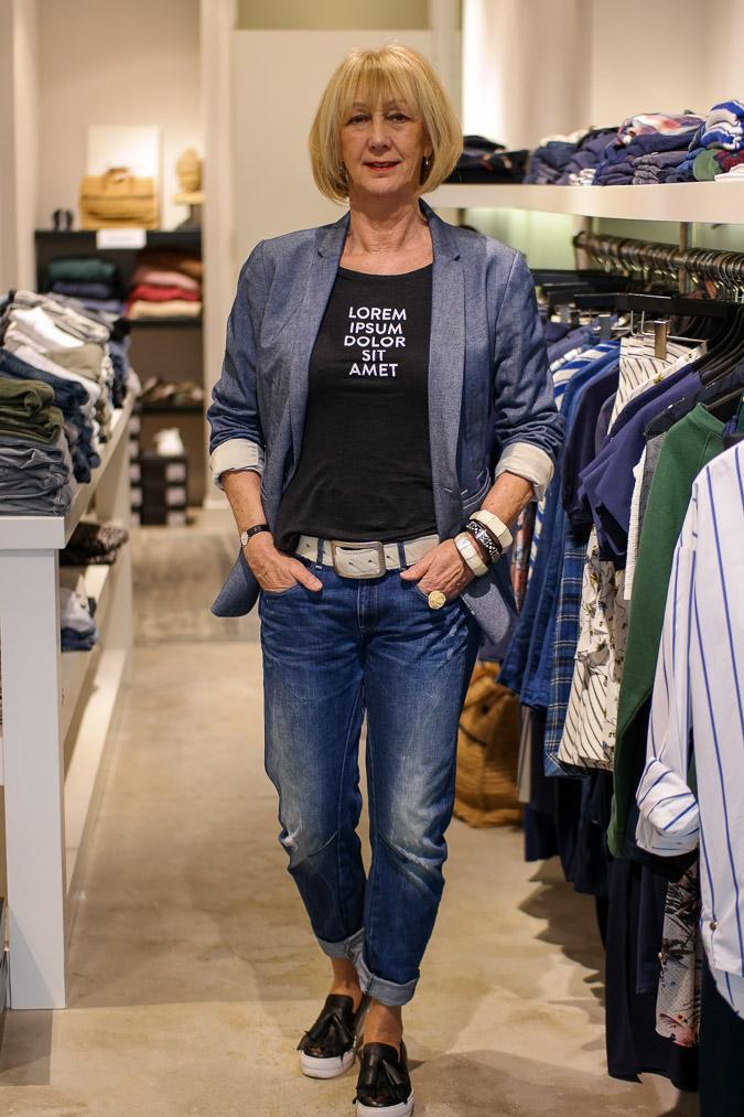 Jeans jacket and boyfriend jeans by G-Star, sneakers Essentiel