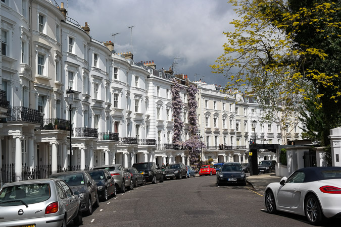 London in April, Notting Hill Gardens