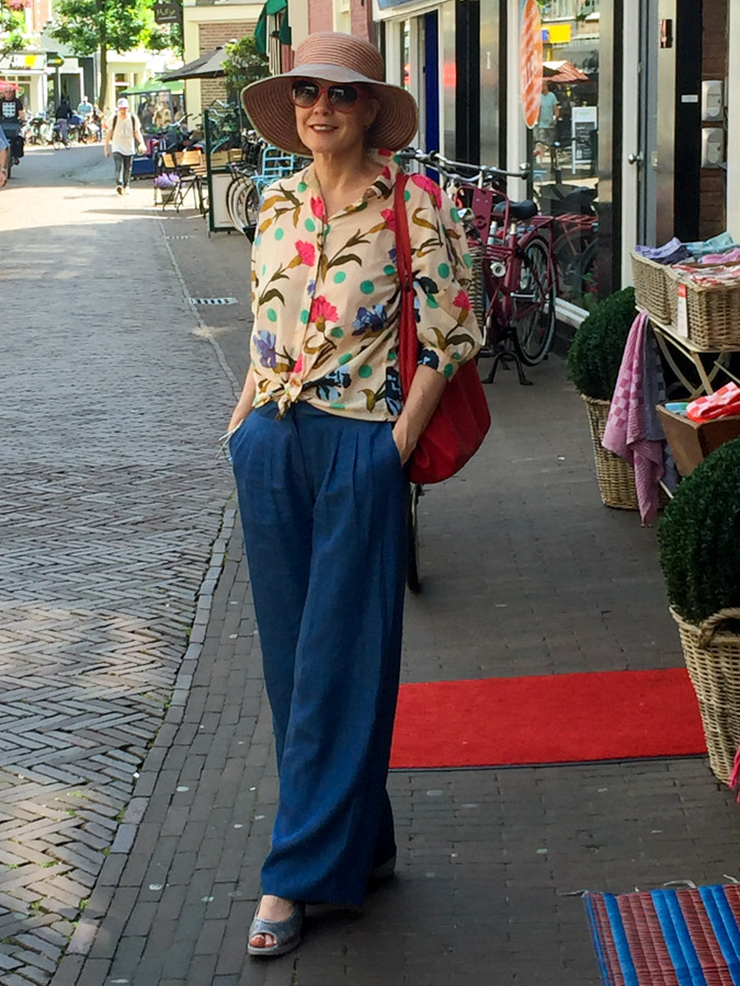 Sylvia of 40+Style