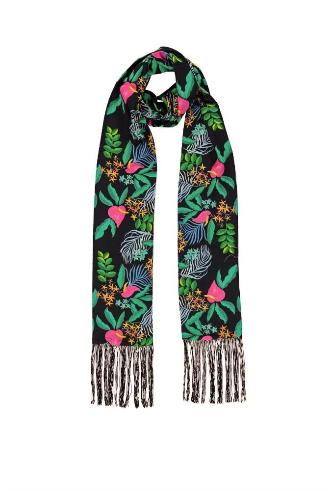 Long scarf by Essentiel Antwerp