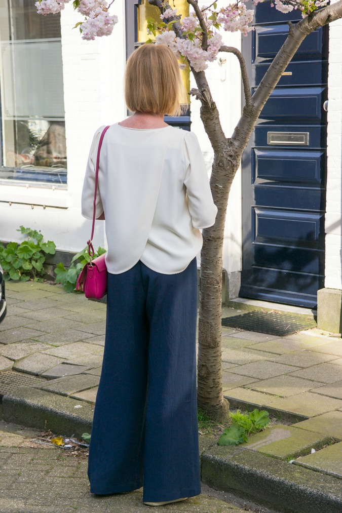 Wide blue trousers by Joline Jolink