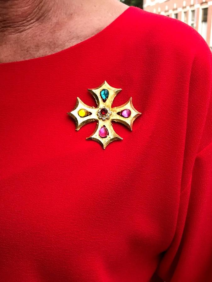 cross brooch
