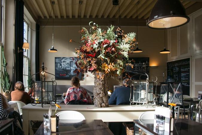 """Restaurant """"Hofje zonder zorgen"""" in Haarlem"""