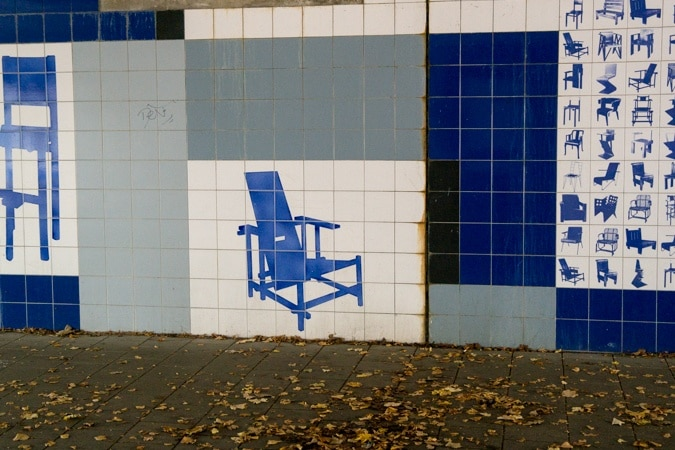 Gerrit Rietveld chairs in blue