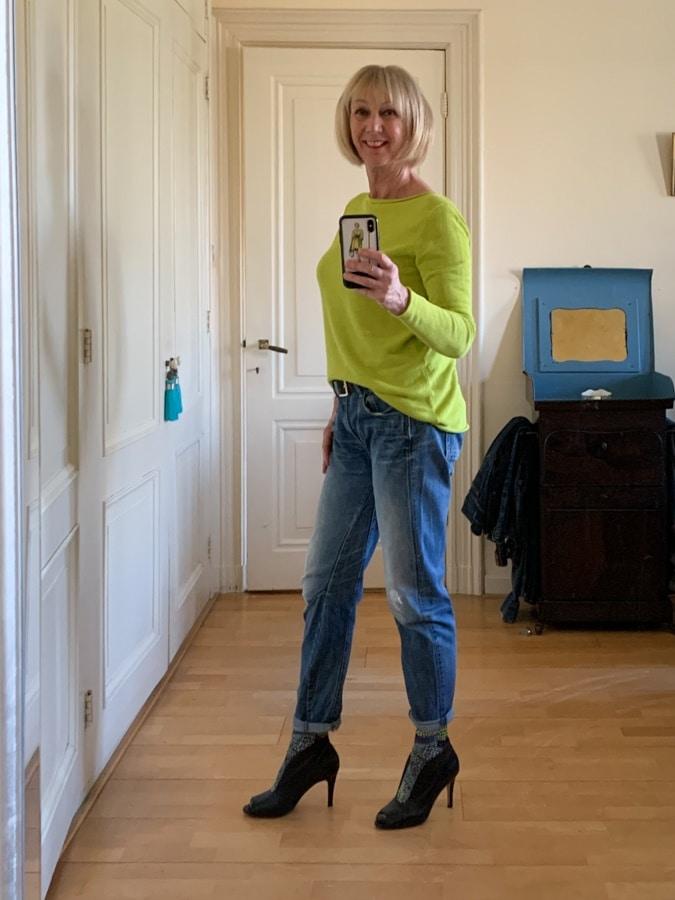 socks in peep-toe shoes with boyfriend jeans