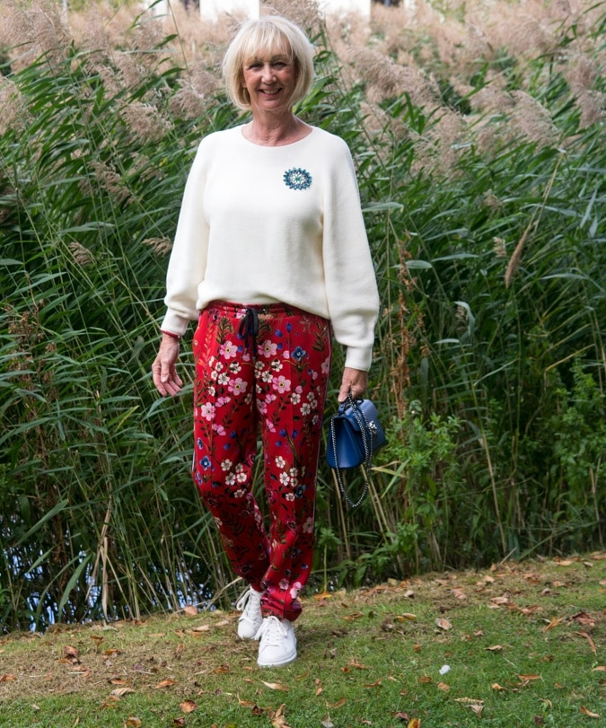 Floral red trousers with side stripe