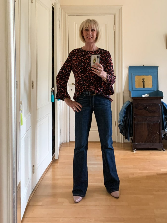 Tuesday outfit black and pink patterned blouse