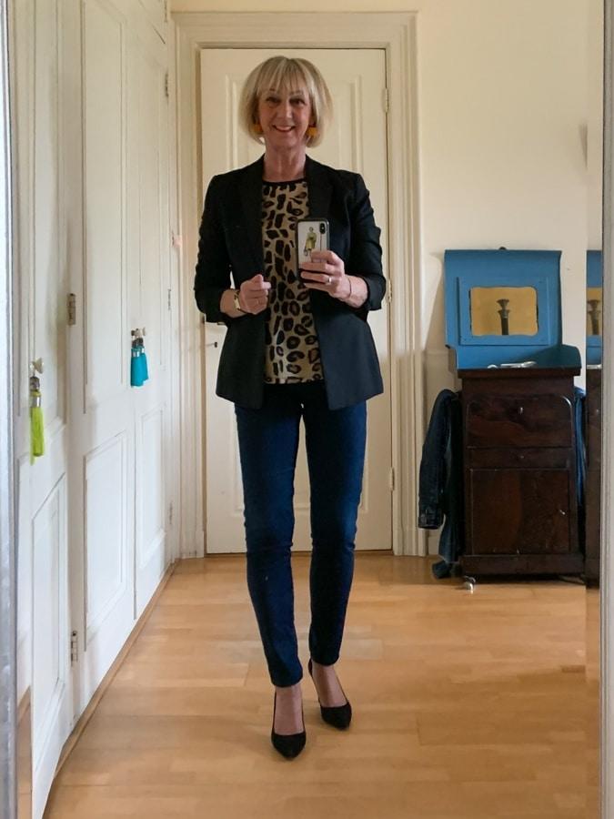 Black jacket, leopard top