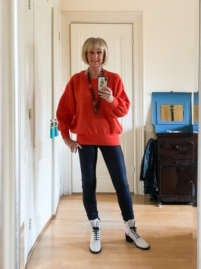 Outfit Wednesday orange jumper