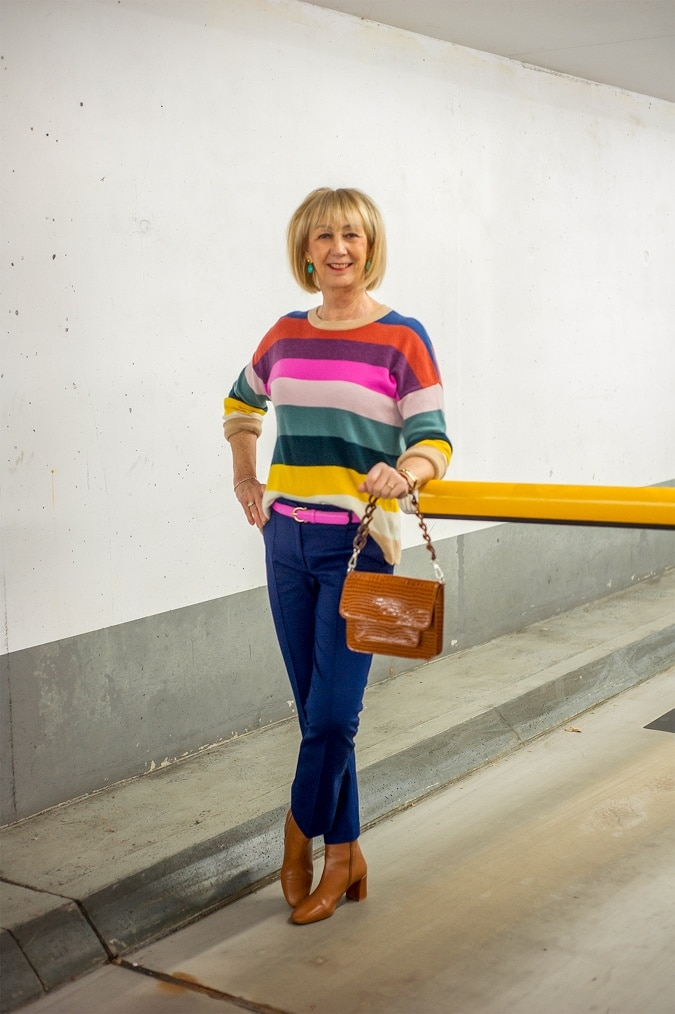 Cashmere jumper in rainbow colours