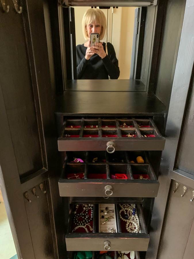 jewellery cabinet number 2