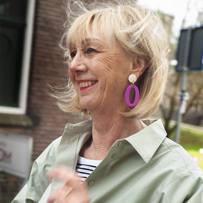 fuchsia pink earrings by laradesign.nl