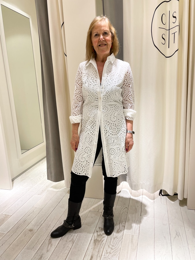 Marjolein in a white dress