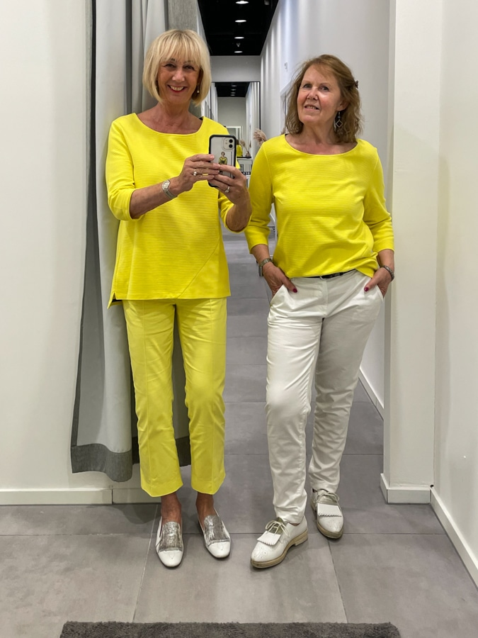 Marjolein and I in yellow