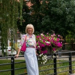 Wide blue trousers with cream EIJK boots